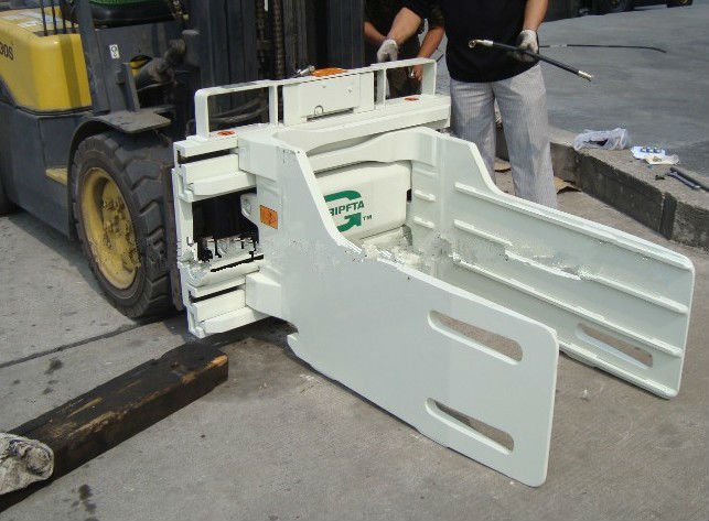 Pulp Bale Clamp Forklift Truck Attachments Long Working Life 490~2300mm Opening Range