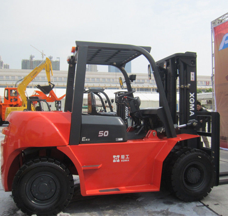 7 Ton Internal Combustion Forklift Pneumatic Standard Tire With Diesel Engine